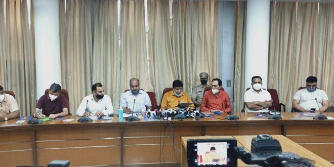 कोविड-19मरीजोंसे 'लूट' रोकने के लिए विधान सभा अध्यक्ष ज्ञान चंद गुप्ता सक्रिय